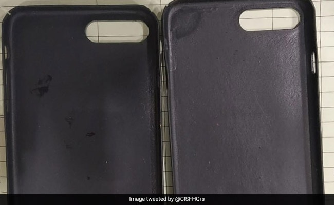 Gold Mobile Covers Worth 42 Lakh Seized From Chinese Men At Delhi Airport