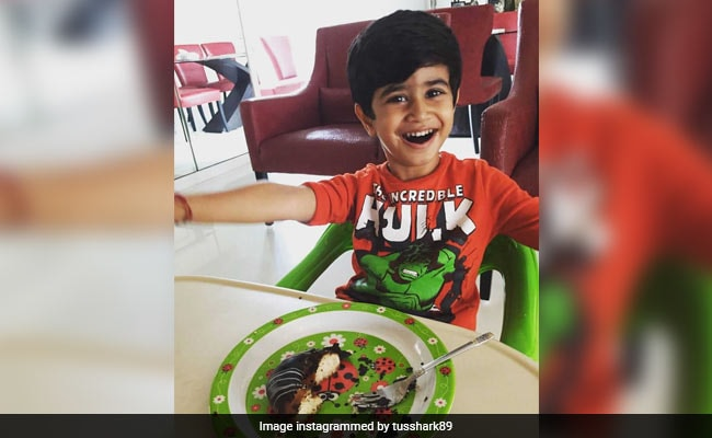 TGIF, Because Tusshar Kapoor Shared A Really Cute Pic Of Son Laksshya