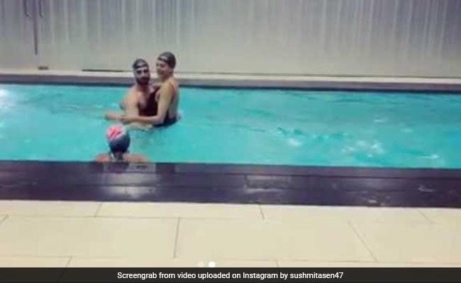 Sushmita Sen, Rohman Shawl Make A Splash In The Pool, Daughter Alisah Joins Them