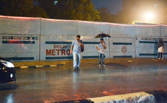 Delhi Rain: Parts Of Delhi Receive Light Rain Today, Monsoon To Arrive This Week