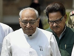 """Will Again Request Rahul Gandhi To Remain Congress Chief"": Motilal Vora"