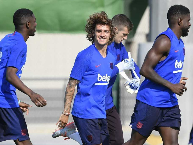 Antoine Griezmann Trains For The First Time With Barcelona