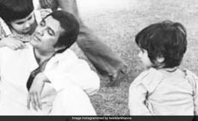Twinkle Khanna Shared This On Father Rajesh Khanna's Death Anniversary. It's OK To Cry