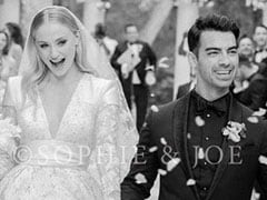 We Came For Sophie Turner-Joe Jonas' Wedding Pic, Stayed For The Fantastic Comments