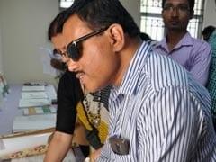 बिहार में दृष्टिबाधित छात्र 'लिटरेसी डिवाइस' से करेंगे पढ़ाई