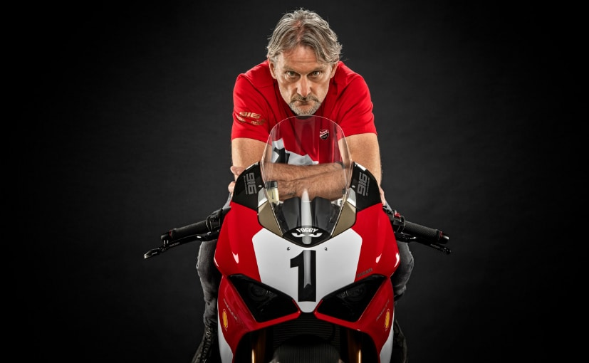 Only 500 special edition Ducati Panigale V4 25 Anniversario 916 motorcycles will be built