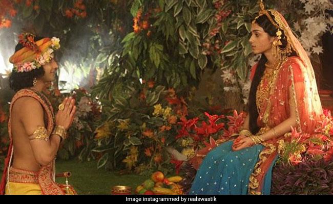 Guru Purnima Video: जब कृष्ण ने राधा को चुना अपना गुरु, प्रेम की पेश की अनोखी मिसाल