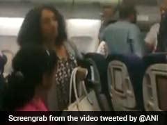 "26 People ""Voluntarily"" Exit Delhi-Paris Flight After ""Technical Problem"""