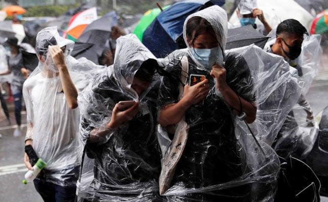 Hong Kong Braces For Typhoon Wipha; Schools, Financial Markets Shut Early