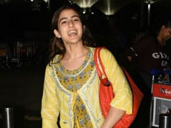 Sara Ali Khan Sets An 'Example Of How Celebrities Should Behave At The Airport,' Writes Rishi Kapoor
