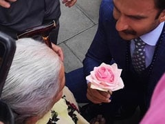 Mobbed In London, Ranveer Singh Gives Elderly Fan A Rose, Dances With The Crowd