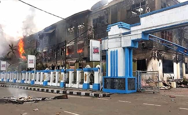 Over 250 Inmates Escape Indonesia Prison Set On Fire During Riots