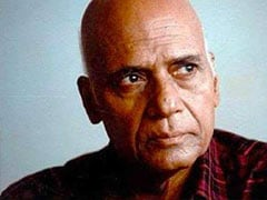 Legendary Music Composer Khayyam's Last Rites Performed With State Honours. Javed Akhtar, Gulzar And Others Attend Funeral