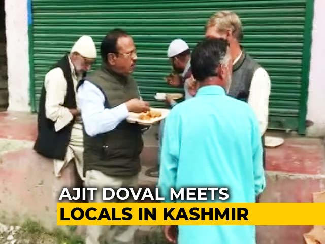 Video : Ajit Doval Shares Meal With Locals In Kashmir As Security Lockdown Stays