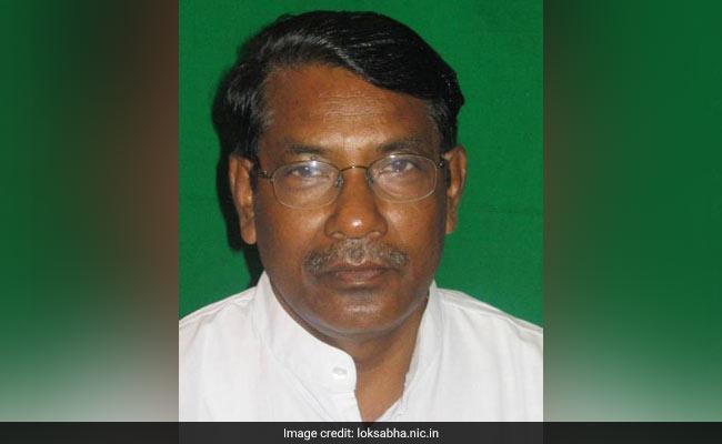 झारखंड : नौकरशाह से नेता बने कांग्रेस के रामेश्वर उरांव राष्ट्रपति से पा चुके हैं पुलिस मेडल