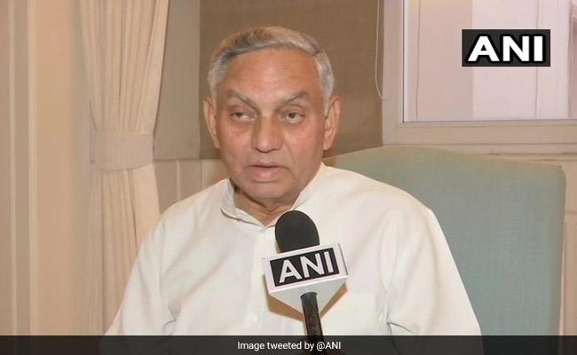 धारा 370: कांग्रेस के इस दिग्गज नेता ने मोदी सरकार के कदम का किया स्वागत, कहा- ऐतिहासिक गलती सुधारी गई