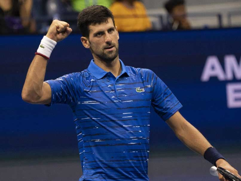 Djokovic withstands shoulder, Londero to advance