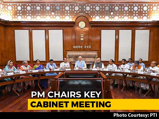 Video : PM Meets Cabinet Amid Kashmir Turmoil, One-On-One With Amit Shah Before