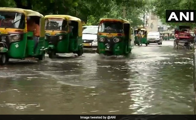 Rain Lashes Several Parts Of Delhi, Waterlogging Reported In Many Areas
