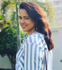 Here's How Hrithik Roshan Helped Sameera Reddy Overcome Stammering