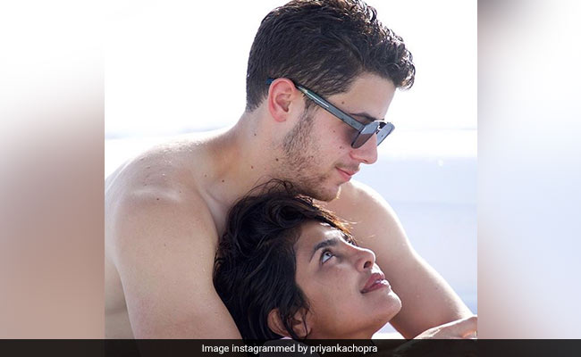 Priyanka Chopra Says Nick Jonas Loves To Stare At Her Face Every Morning: 'It's Amazing'
