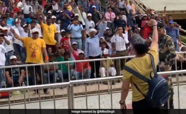 On Camera, Mika Singh Chants 'Bharat Mata Ki Jai' At Attari-Wagah Border
