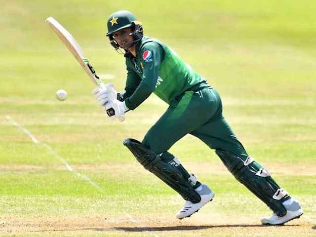 Mohammad Hafeez And Shoaib Malik Excluded From PCBs Central Contract List