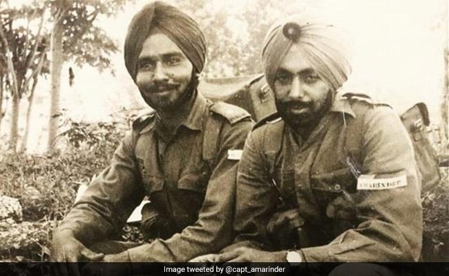 On Friendship Day, Amarinder Singh Tweets Throwback From Army Days