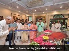 राष्ट्रपति रामनाथ कोविंद समेत दिग्गज नेता पहुंचे अरुण जेटली के घर, दी श्रद्धांजलि