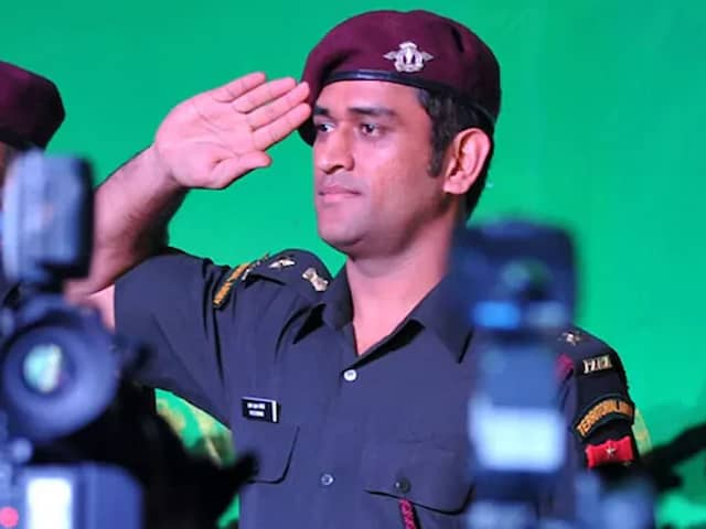 MS Dhoni Ends Stint With Territorial Army: Report