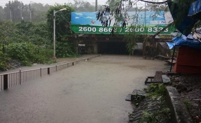 Live updates: Rains Batter Maharashtra, Water-Logging On Roads, Railway Tracks