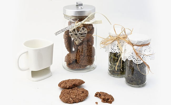 7 Pretty Cookie Jars That You Won't Be Able To Resist