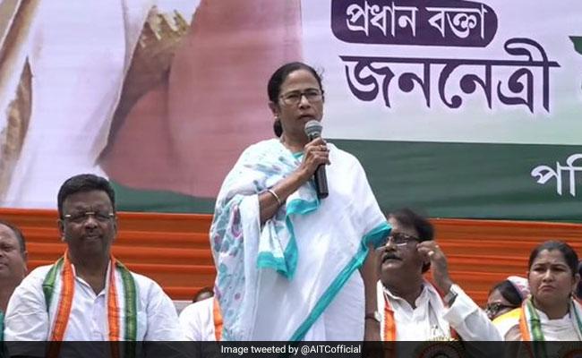 'Will Go To Jail Fighting': Mamata Banerjee Attacks BJP At Kolkata Rally