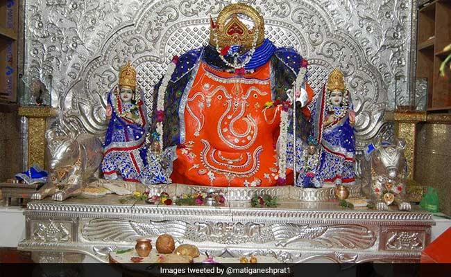 इंदौर के खजराना मंदिर की भोजनशाला को मिला 'सेफ भोग प्लेस' का प्रमाण पत्र