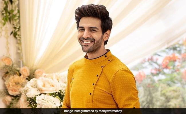 Rakshabandhan 2019: 9 Festive <i>Kurtas</i> For Men To Wear In Style