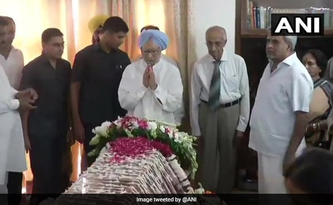 'An Exceptional Talent': Manmohan Singh Pays Tribute To Sushma Swaraj