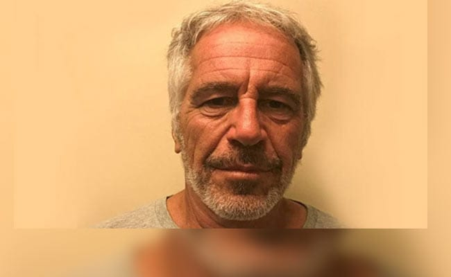Officers Watching Jeffrey Epstein Were On Overtime, Union President Says