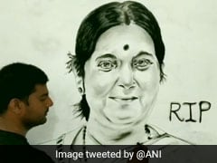 UP Artist Makes Sushma Swaraj's 6 Feet Charcoal Portrait To Pay Tribute