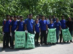 300 Students Participate In Cleanliness Drive Organized By IIT Mandi