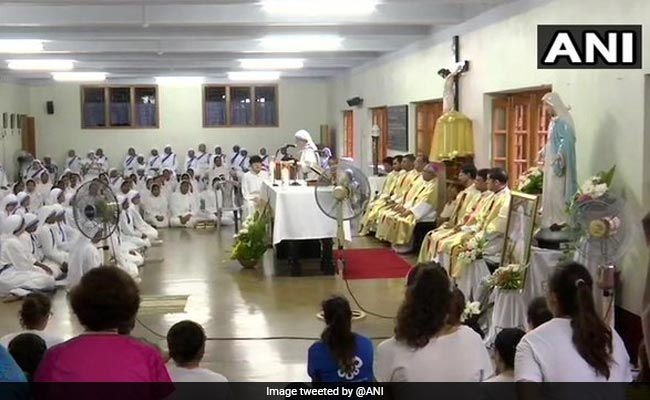 Nuns Pay Tribute To Mother Teresa On Her 109th Birth Anniversary