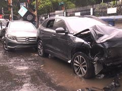 Speeding Jaguar Hits Mercedes In Kolkata, Kills 2 Bangladeshi Bystanders