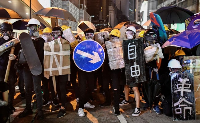 US Upgrades Hong Kong Travel Warning Ahead Of Planned Airport Protest
