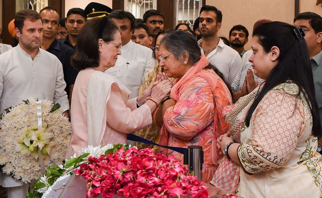'I Share Your Pain': Sonia Gandhi Writes Letter To Arun Jaitley's Wife