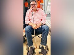 Back Pain Put Boman Irani In A Wheelchair, Here's How He Got Back On His Feet