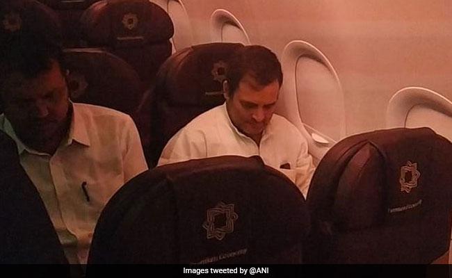 जम्मू-कश्मीर दौर पर पहुंचे राहुल गांधी समेत विपक्षी नेताओं को एयरपोर्ट से ही वापस लौटाया गया