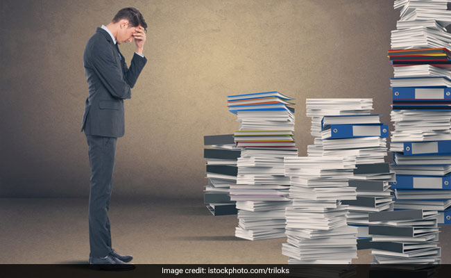 Workplace Stress: Causes, Symptoms And Myths You Must Stop Believing- Know How You Can Get Rid Of It