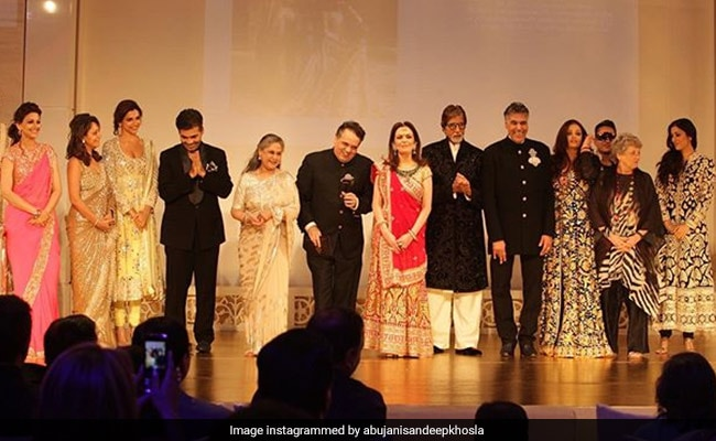 The Story Behind This Pic Of The Bachchans, Ambanis, Deepika Padukone, Gauri Khan, Amrita Singh, Sonali Bendre