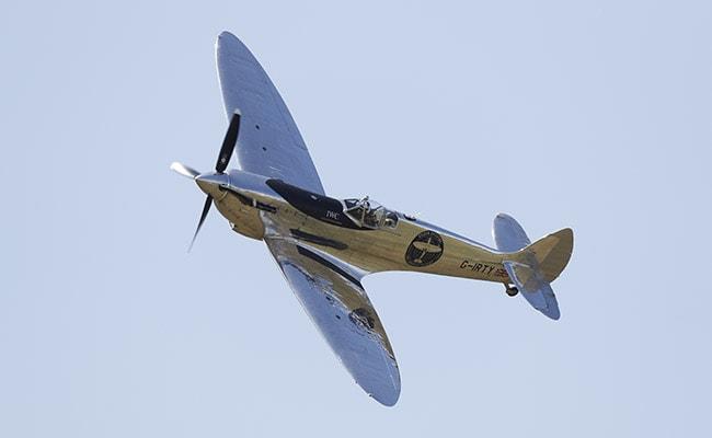 'Majestic Machine' Of World War II Takes Off On Round-The-World Flight