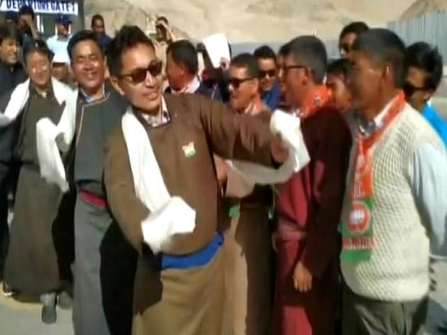 Video : Watch: Ladakh MP, Praised By Prime Minister, Dances On Independence Day