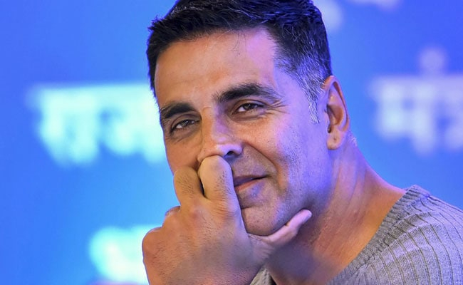 'Hello, I'm Akshay Kumar': Actor Answers Reporter's Phone Which Kept Ringing During Press Meet